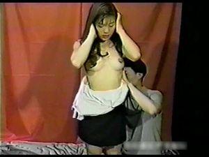 【無修正】AV界屈指の美乳女優「桜木亜美」ちゃん。もちろん胸以外でも、顔・クビレ・性格まで良しとパーフェクト。